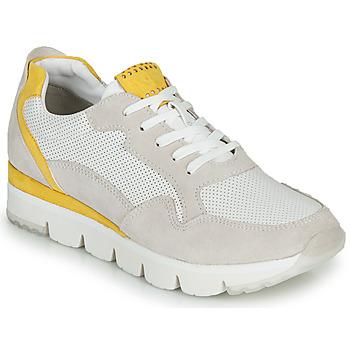 Cipők Női Rövid szárú edzőcipők Marco Tozzi  Fehér / Citromsárga