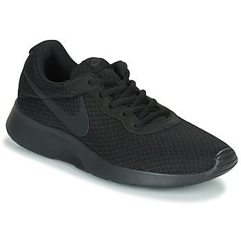 Cipők Férfi Rövid szárú edzőcipők Nike TANJUN Fekete