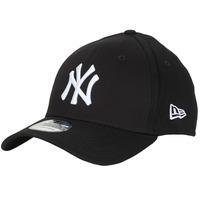 Textil kiegészítők Baseball sapkák New-Era LEAGUE BASIC 39THIRTY NEW YORK YANKEES Fekete  / Fehér