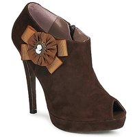 Cipők Női Bokacsizmák Fericelli ASSETE Barna