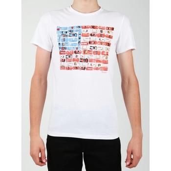Ruhák Férfi Rövid ujjú pólók Wrangler T-shirt  S/S Modern Flag Tee W7A45FK12 biały
