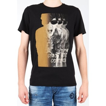 Ruhák Férfi Rövid ujjú pólók Lee T-shirt  Photo Tee Black L60BAI01 czarny