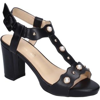 Cipők Női Szandálok / Saruk Brigitte Szandál BN472 Fekete