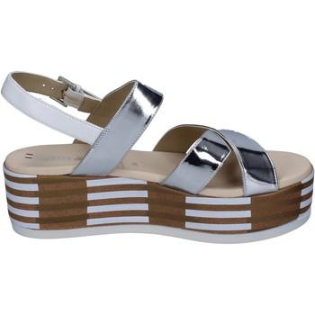 Cipők Női Szandálok / Saruk Tredy's Szandál BN750 Ezüst