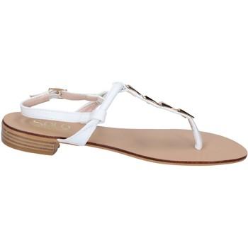 Cipők Női Szandálok / Saruk Solo Soprani BN777 Fehér
