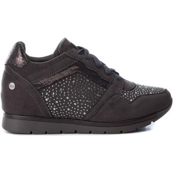 Cipők Női Rövid szárú edzőcipők Xti 48287 COMBINADA GRIS Gris oscuro