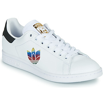 Cipők Női Rövid szárú edzőcipők adidas Originals STAN SMITH W Fehér / Logo