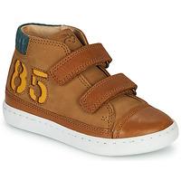 Cipők Fiú Magas szárú edzőcipők Shoo Pom PLAY ALPHA Barna
