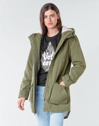 Ruhák Női Parka kabátok Volcom WALK ON BY 5K PARKA Zöld