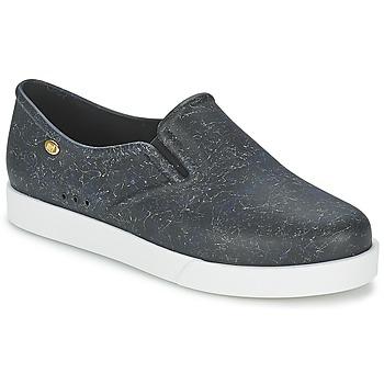 Cipők Női Belebújós cipők Mel KICK Fekete