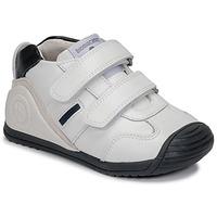 Cipők Fiú Rövid szárú edzőcipők Biomecanics BIOGATEO SPORT Fehér