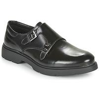 Cipők Férfi Oxford cipők André TWINBELL Fekete