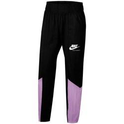 Ruhák Lány Futónadrágok / Melegítők Nike Sportswear Heritage