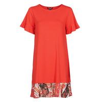 Ruhák Női Rövid ruhák Desigual KALI Piros