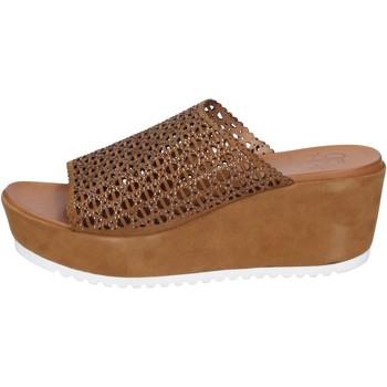 Cipők Női Szandálok / Saruk Femme Plus Szandál BK620 Barna
