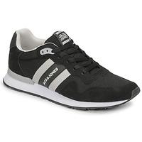Cipők Férfi Rövid szárú edzőcipők Jack & Jones JFW STELLAR MESH 2.0 Fekete  / Fehér