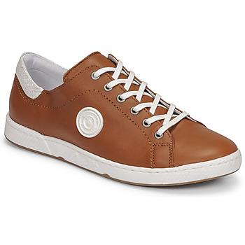 Cipők Női Rövid szárú edzőcipők Pataugas JAYO F2E Teve