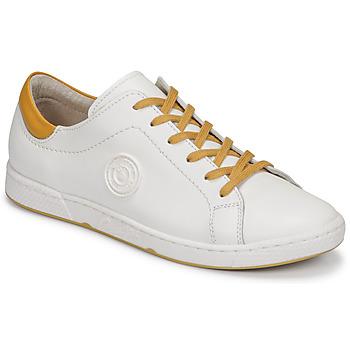 Cipők Női Rövid szárú edzőcipők Pataugas JAYO F2G Fehér / Okker-cserszínű