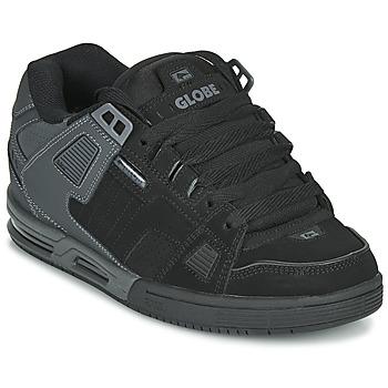 Cipők Férfi Deszkás cipők Globe SABRE Fekete  / Szürke