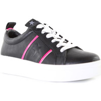 Cipők Női Rövid szárú edzőcipők Wrangler WL01600A Fekete
