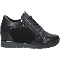 Cipők Női Rövid szárú edzőcipők Stonefly 212431 Fekete