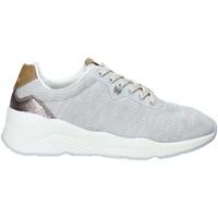 Cipők Női Rövid szárú edzőcipők Wrangler WL91522A Szürke
