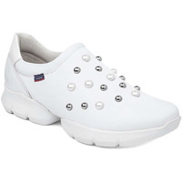 Cipők Női Belebújós cipők CallagHan 18701 Fehér