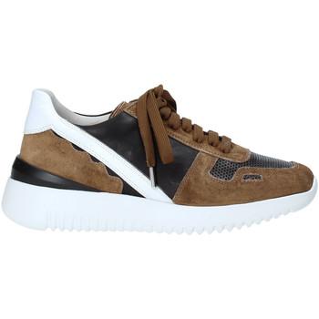 Cipők Női Rövid szárú edzőcipők Triver Flight 101-02C Fekete