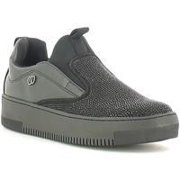 Cipők Női Belebújós cipők Wrangler WL162640 Fekete