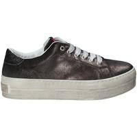 Cipők Női Divat edzőcipők Fornarina PE17MX1108R001 Fekete