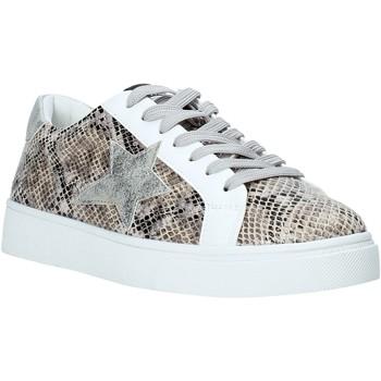 Cipők Női Rövid szárú edzőcipők Gold&gold A20 GA722 Ezüst