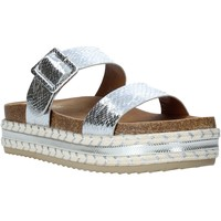 Cipők Női Papucsok Gold&gold A20 GJ340 Ezüst