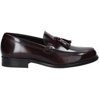 Cipők Férfi Mokkaszínek Rogers 651 Piros
