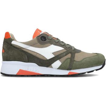 Cipők Férfi Rövid szárú edzőcipők Diadora 201.172.779 Zöld