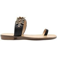 Cipők Női Lábujjközös papucsok Gold&gold A19 GL303 Fekete