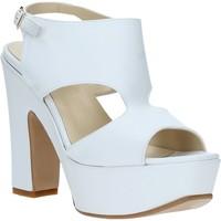 Cipők Női Szandálok / Saruk Grace Shoes TQ 102 Fehér