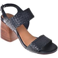Cipők Női Szandálok / Saruk Onyx S19-SOX527 Fekete
