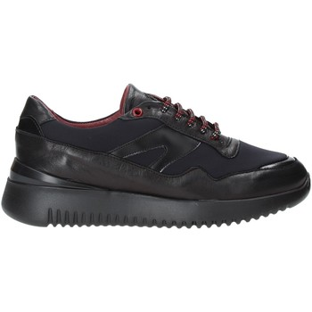 Cipők Férfi Rövid szárú edzőcipők Exton 335 Fekete