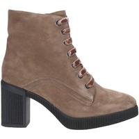 Cipők Női Bokacsizmák Stonefly 212861 Barna