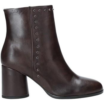 Cipők Női Bokacsizmák Stonefly 212165 Barna