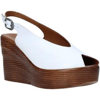 Cipők Női Szandálok / Saruk Bueno Shoes Q6100 Fehér