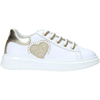 Cipők Gyerek Rövid szárú edzőcipők Naturino 2014788 01 Fehér