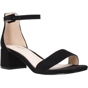 Cipők Női Szandálok / Saruk Gold&gold A20 GD186 Fekete