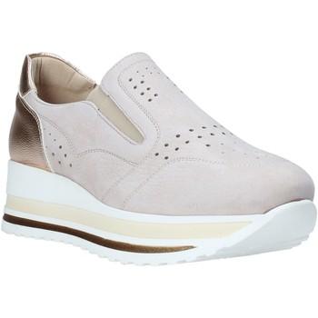 Cipők Női Belebújós cipők Comart 1A3391PE Bézs