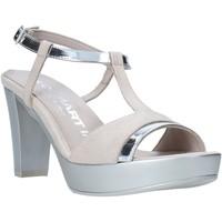 Cipők Női Szandálok / Saruk Comart 093437 Bézs