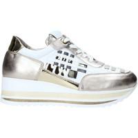 Cipők Női Rövid szárú edzőcipők Comart 1A3385 Mások