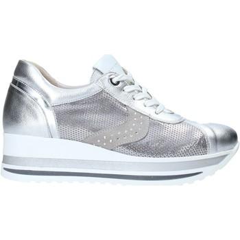 Cipők Női Rövid szárú edzőcipők Comart 1A3467ST Szürke