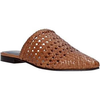 Cipők Női Klumpák Marco Ferretti 161357MF Barna