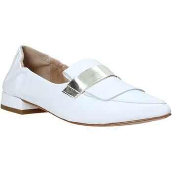 Cipők Női Mokkaszínek Mally 6926 Fehér