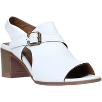 Cipők Női Szandálok / Saruk Bueno Shoes 9L102 Fehér